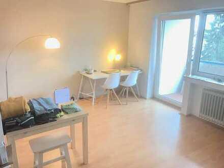 * Schöne Wohnung mit Einbauküche *