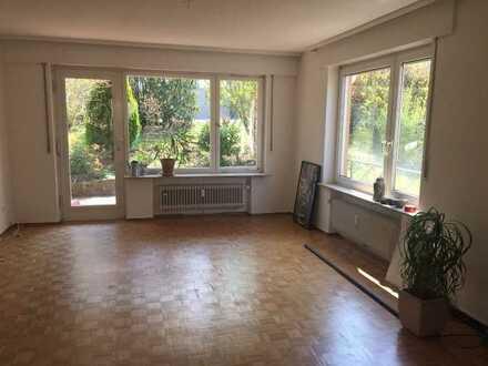 Stuttgart-Uhlbach: Schöne, helle 4 Zimmer-Whg zu vermieten