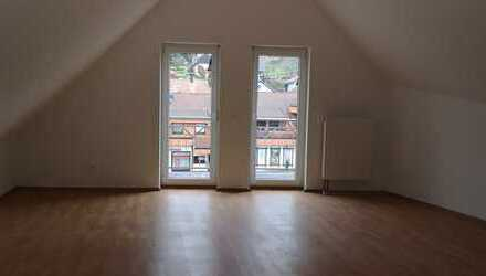 Renovierte, gemütliche 3-Zimmer Dachgeschoss Wohnung mit Balkon in Loffenau