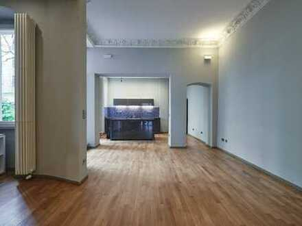 ***loftartiges Erdgeschoss mit Gewölbeatelier und 2 Terrassen***