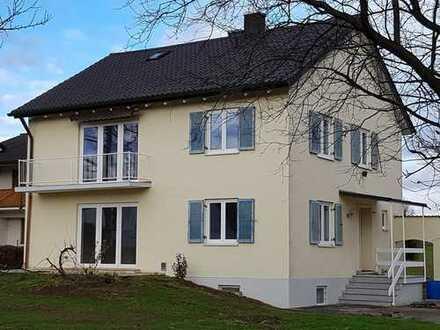 2-Zimmer-Erdgeschoßwohnung mit Terrasse und großem Garten