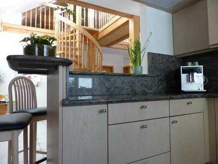 Individuell, modern und sehr stilvoll, große Maisonette Wohnung in Schongau