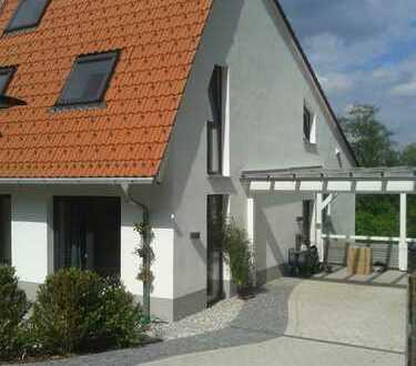 Familienfreundliches Haus mit viel Platz zum Wohnen und Arbeiten