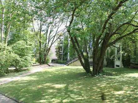 Individuelles Ambiente für kreative Köpfe, 210 qm + Wintergarten, 5-7 Räume