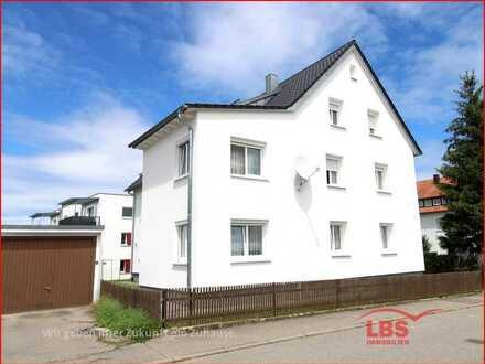 Hausteil mit drei Wohnungen in guter Wohnlage