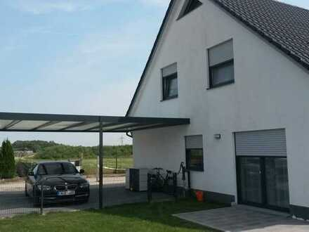 Neuwertiges Energiespar Doppelhaus München