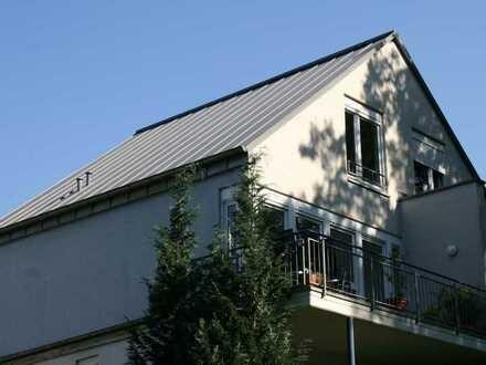 Sonnige Maisonette-Wohnung im Villenviertel Köln-Marienburg