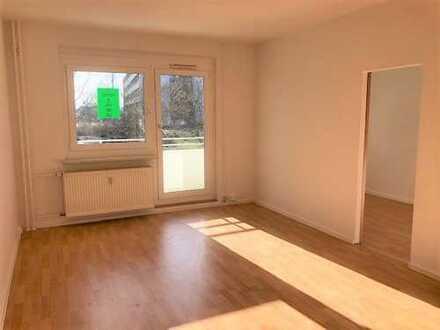 tolle 3 Raum-Wohnung mit Aufzug und Balkon