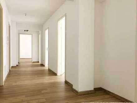 Renovierte 5-Raum Wohnung im Zentrum der Dresdner Neustadt