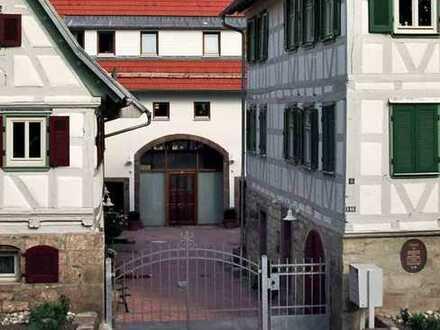 Schöne, geräumige 3,5 Zimmer Altbauwohnung in Gerlingen (Kreis Ludwigsburg)