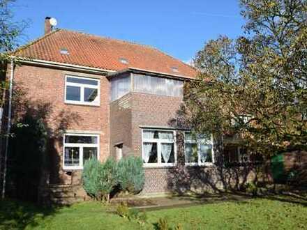 Mehrfamilienhaus in verkehrstechnisch guter Lage von Jade/Schweiburg