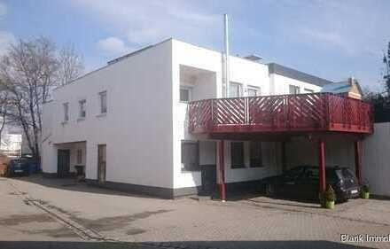 Einfamilienhaus mit Einliegerwohnung und großem Balkon in Kempten