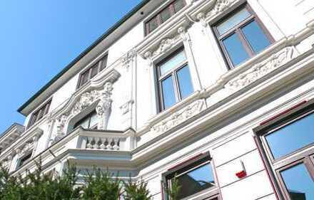 Repräsentative Wohnung am Fuß des Schwarzenberges. Anfragen nur per E-Mail