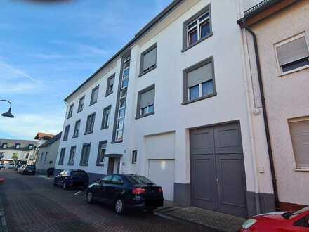 Sanierte 3-Raum-MASIONETTE-DG-Wohnung+Terrasse Philippsburg, Kapital oder Eigennutz! Ohne Makler!!