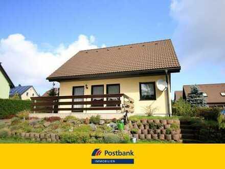 Freistehendes Einfamilienhaus mit großer Sonnenterrasse