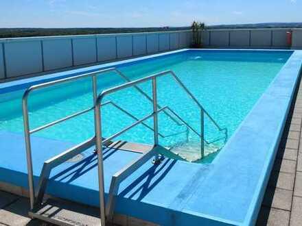 Exklusive, möblierte 1,5-Zimmer-Wohnung mit Pool und Loggia in Ludwigsfeld
