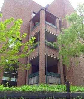 Düsseldorf-Wersten, 2-Raum-Wohnung mit neuem top Bad u. Erweiterungspotential Spitzboden, von Privat