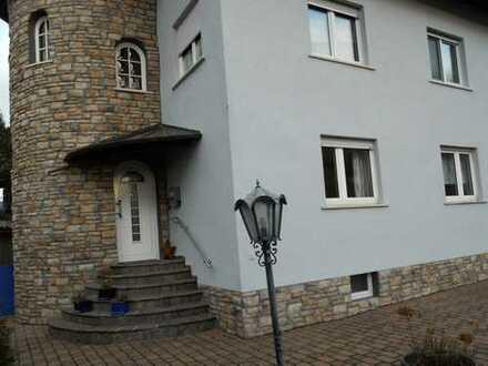Ruhe pur! 2 Familienhaus, am Wald- und Feldrand gelegen, Hauptwohnung 148 m², Einliegerwohnung 70 m²