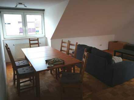 Helle 3-Zimmer-Wohnung mit Balkon und EBK