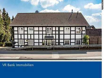 Ein Haus zum Verlieben! Doppelhaushälfte im Fachwerkstil in ländlicher Lage von Burscheid