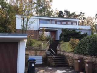 Gepflegte 5-Zimmer-Terrassenwohnung mit Balkon und Einbauküche in Kaiserslautern