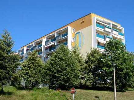 ***Werden Sie Mieter dieser schönen Wohnung*** 3-Raum-Wohnung mit verglastem Balkon und Aufzug
