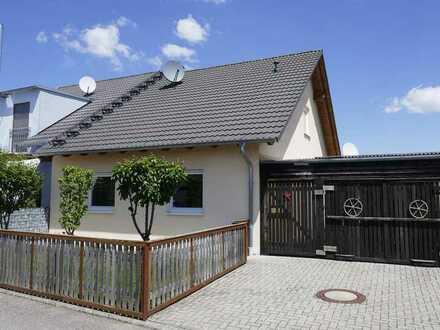 Doppelhaushälfte in Rust mit Potential / Ferienwohnung möglich
