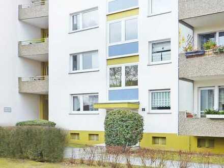 Ffm-Eschersheim: Komfortable 3-Zimmer-Wohnung mit Parkett & Balkon - ruhige, grüne Wohnlage