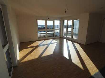 **QUALITÄT & KOMFORT** Bezaubernde 3-Zi.-Penthousewohnung auf ca. 81 m² mit toller Dachterrasse