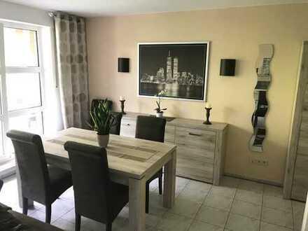Möblierte 2-Zimmer-Wohnung mit Balkon und Stellplatz - Gräfte-Siedlung!