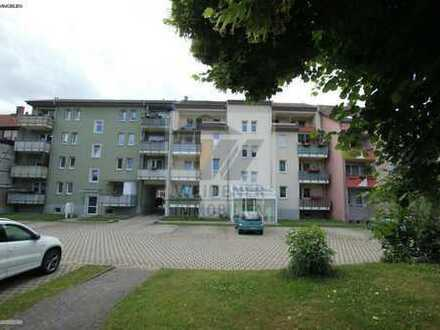 Idyllisch wohnen im Zentrum von Weida! Gemütliche 1 Raum EG-Wohnung mit Dusche.