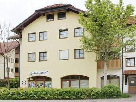 Attraktive und helle 90 m2 große Laden- / Büro- / Praxisfläche in Burgkirchen
