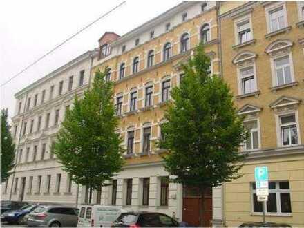 2 Zimmer in Gohlis-Süd, große Küche, Bad mit Wanne, in direkter Nähe zu Kaufland