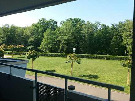 Gepflegte 3,5-Zimmer-Wohnung mit 2 Balkonen und EBK in Nürtingen (Rossdorf)