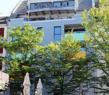 Verkehrsgünstige und zentral gelegene, neuwertige 3-Zimmer-Wohnung