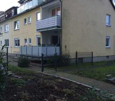 Schöne 4 Zimmer Wohnung im EG mit großem Balkon