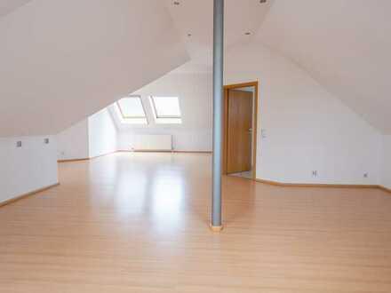 Gepflegte und helle Maisonette Wohnung mit 3 Zimmer