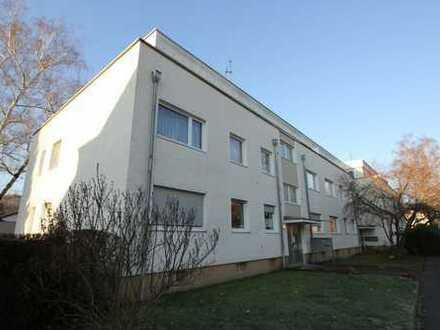 Beste Lage Bonn-Dottendorf: Schöne 4-Zi.-Hochparterre-Wohnung mit Balkon, Garage