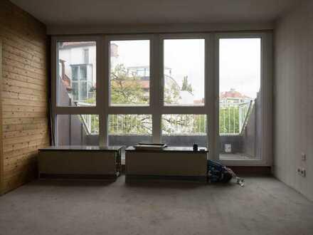 *** RESERVIERT *** Exklusive 1,5-Zimmer-Dachgeschosswohnung mit Balkon in Haidhausen, München