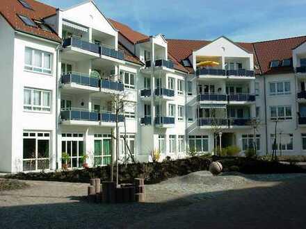 Betreutes Seniorenwohnen - Schöne 3-Zimmerwohnung mit EBK und Balkon