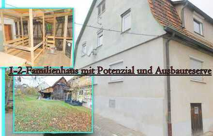 ~ 1-2-Familienhaus mit großer Scheune in zentraler Lage ~