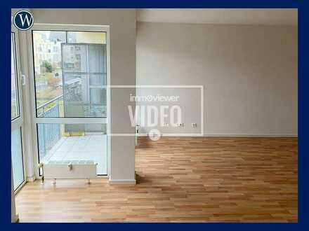 *Schön Wohnen auch auf kleinem Raum - 1 Zimmer + Balkon + renoviert + Laminat + Duschbad