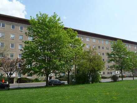 Erstbezug nach Sanierung: attraktive 3-Zimmer-Wohnung mit EBK und Balkon in Bad Salzungen