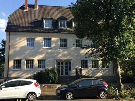 Sehr helle 3-Zimmer-Wohnung mit Balkon in Bonn Beuel 70 qm zentral Bahnhof nah