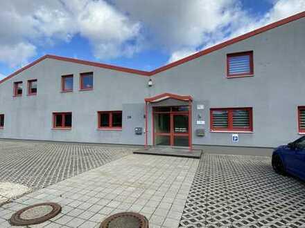 Logistik-/ Produktions- /Lagerhalle mit Bürotrakt in Ursensollen an der A6; provisionsfrei