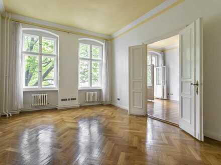 5-Zimmer Wohnung im Gründerzeitaltbau, Balkon, EBK, Flügeltüren, Parkett, Gäste-WC