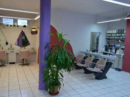 Eigentumsladen als Friseursalon genutzt in Kaiserslautern zu verkaufen ( Laden inklusive Einrichtung