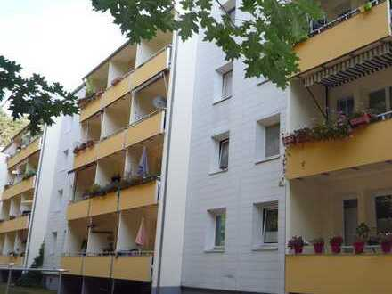 Besichtg.: Do 12.09.19 um 15 Uhr- Wohnen im Grünen, 4-Zi.-Wohnung mit Balkon, Hennigsdorf