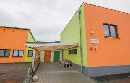 Beheizte und Neuwertige Halle in Ebersdorf / Frohnlach zu vermieten!