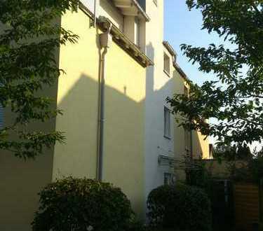 Gepflegte 1-Zimmer-Wohnung in Riem, 35qm, provisionsfrei, TG-Stellplatz